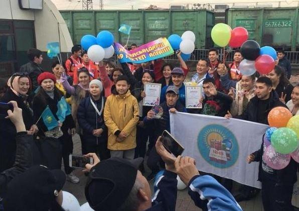 Қазақстандық оқушылар Татарстанда өткен спорт жарысынан жеңiспен оралды