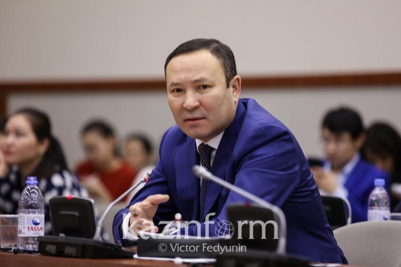 至2022年哈萨克斯坦非原材料出口规模将增长1.5倍