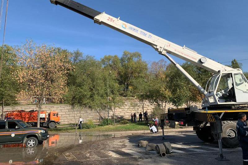 Порыв теплотрассы в Алматы: когда будет восстановлено горячее водоснабжение