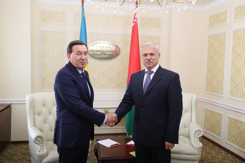 Аппараты советов безопасности Казахстана и Беларуси провели расширенные консультации