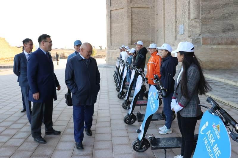 突厥斯坦文化遗迹区域启动新志愿者服务项目