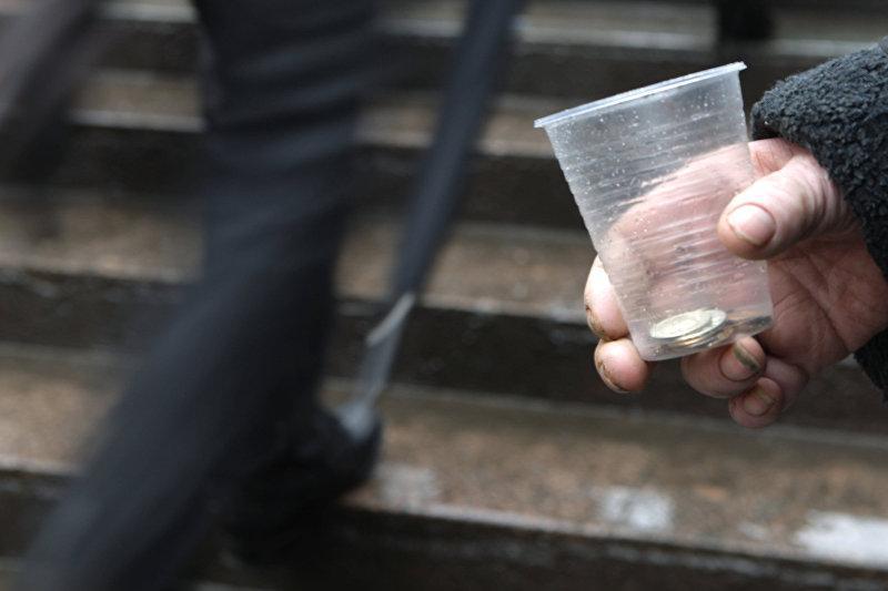 Рейд на попрошаек объявили в полиции Алматы