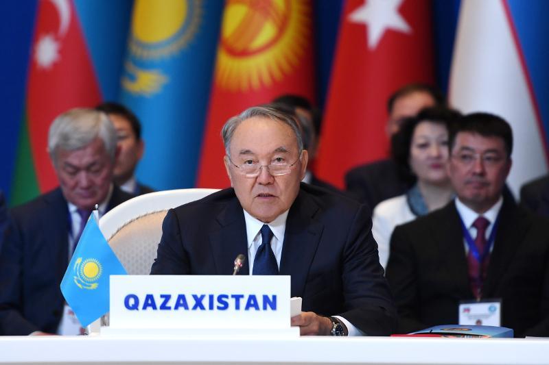Bakýdegi Sammıtte Nursultan Nazarbaev «Túrki keleshegi-2040» baǵdarlamasyn ázirleýdi usyndy