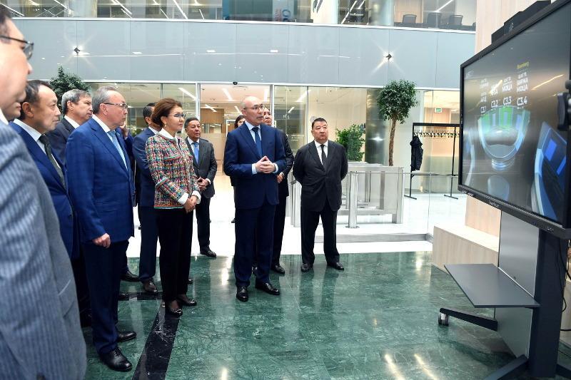 Дарига Назарбаева посетила Международный финансовый центр «Астана»