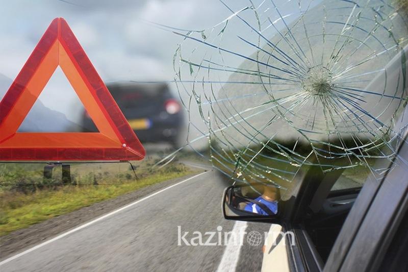 Массовое ДТП в Алматы: двое погибли и шестеро пострадали
