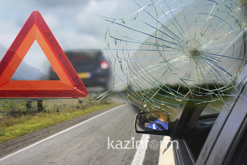 Алматы орталығында жантүршігерлік жол апатынан екі адам мерт болды