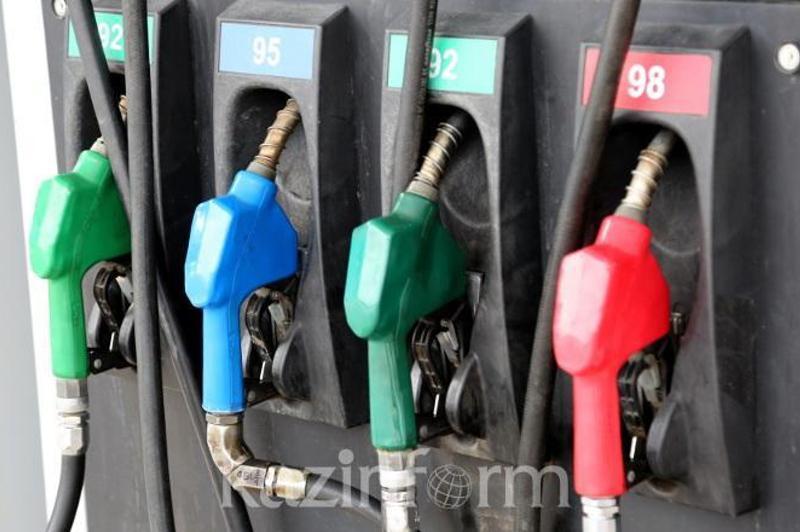 Увеличить акциз на бензин планируют в Казахстане