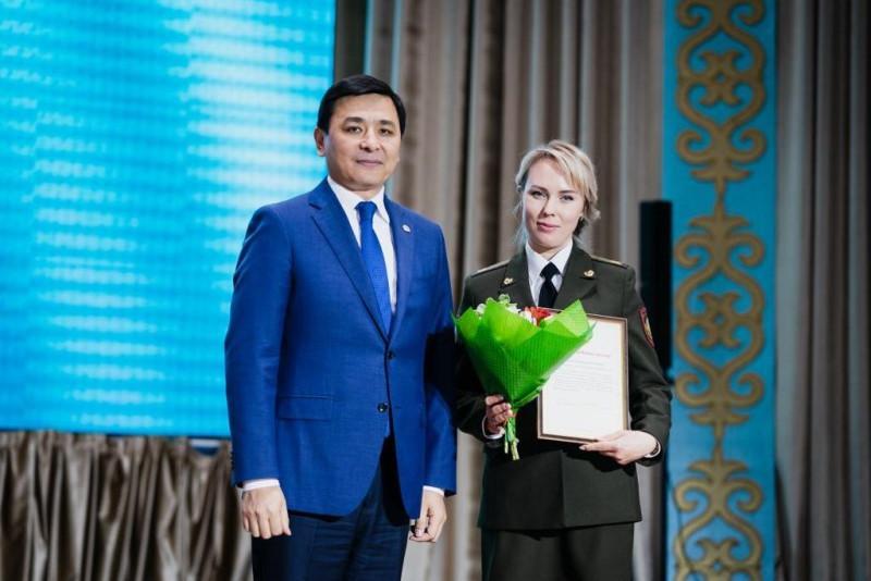 Алтай Кульгинов поздравил столичных спасателей с профессиональным праздником