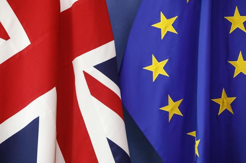 英国与欧盟就脱欧协议文本达成一致