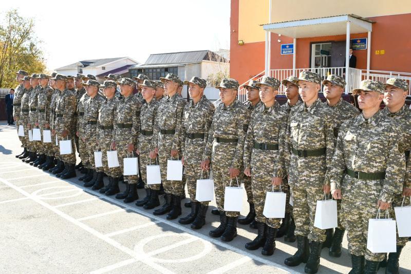 Около двух тысяч кызылординцев призваны на воинскую службу в этом году