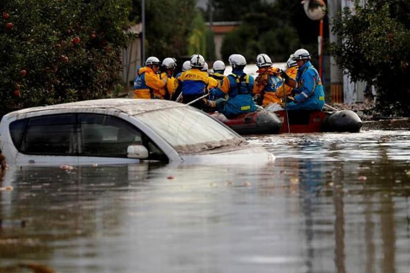 Жапония «Хагибис» тайфуны салдарынан сусыз қалды
