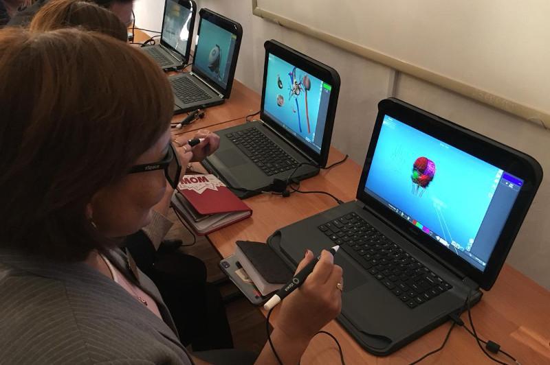 В Экибастузе хотят расширить сеть «умных» кабинетов при детсадах и школах