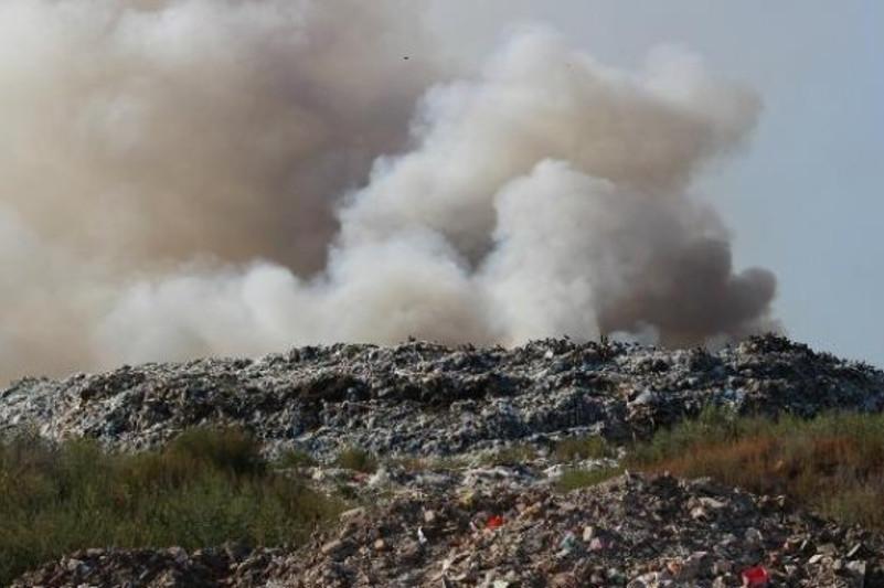 Нарушения на мусорном полигоне фиксируют экологи СКО