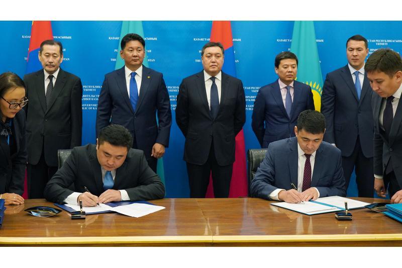 哈蒙两国将推动教育领域合作发展