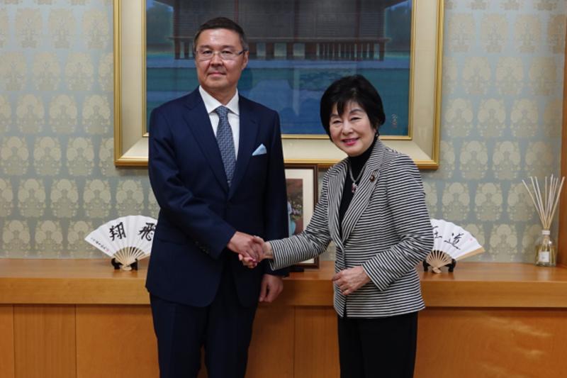 Kazakh Ambassador, Speaker of House of Councilors of National Diet of Japan meet