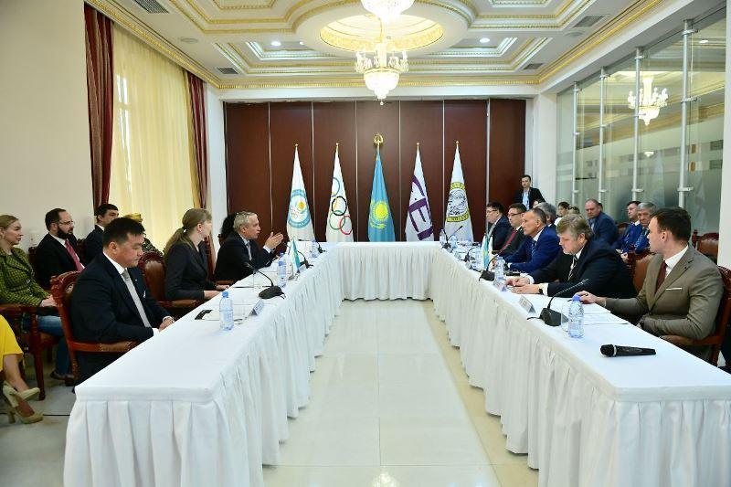 Федерации конного спорта Казахстана и России подписали меморандум о сотрудничестве в Алматы