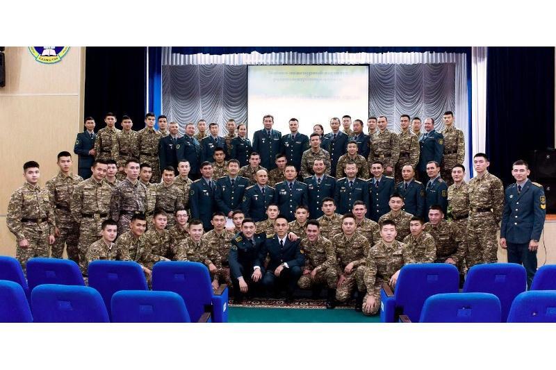 Профессиональный праздник отмечают военные связисты