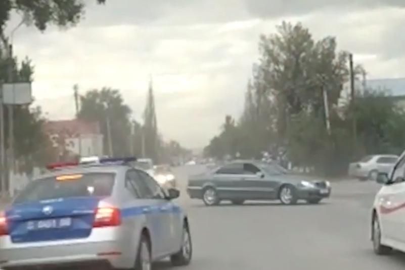 Любителя дрифта наказали жамбылские полицейские