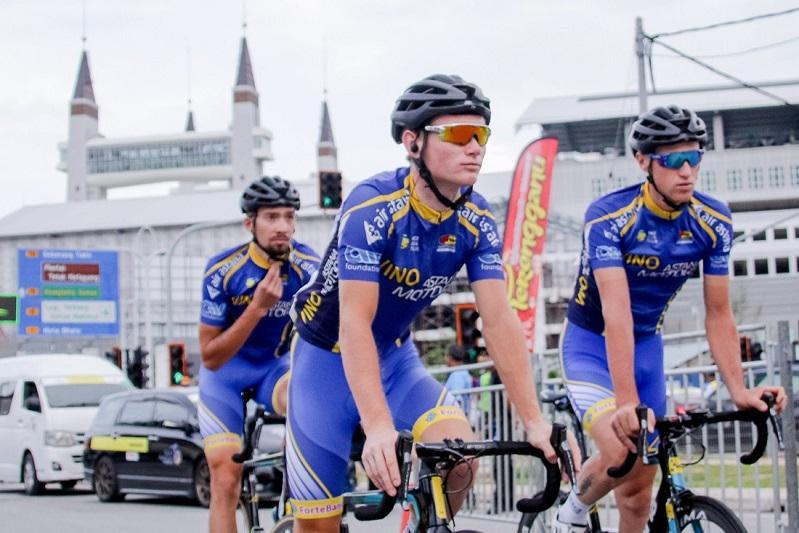 Казахстанский велогонщик завоевал «серебро» многодневки «Tour of Peninsular» в Малайзии