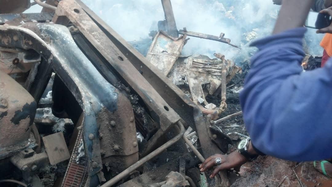 Kongoda avtobýs apatynan 24 adam qaza tapty
