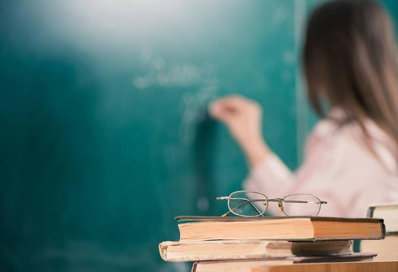 Доплату за прохождение аттестации получают более 123 тысяч педагогов