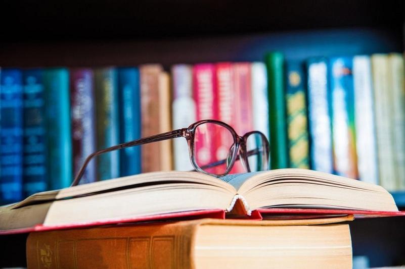 В МОН согласились с нареканиями по качеству учебников