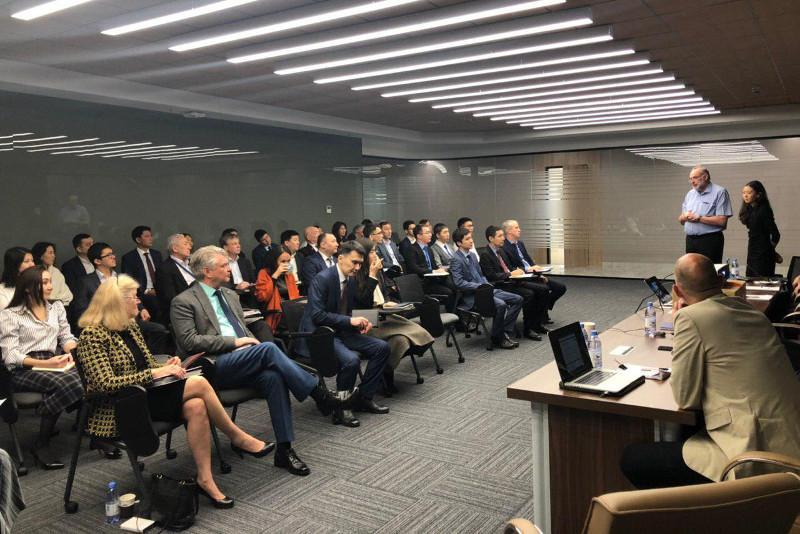 哈英两国将联合开展民航监管模式转型工作