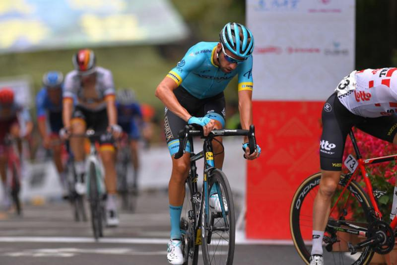 Gree-Tour of Guangxi. 10thplace for Astana's Villella atop Nongla climb. Stage 4.