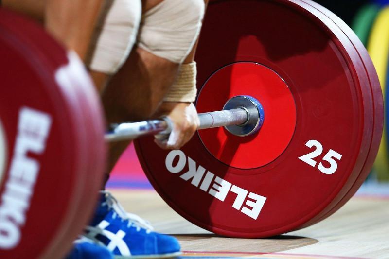 Казахстанский тяжелоатлет взял «бронзу» на юношеском чемпионате Азии