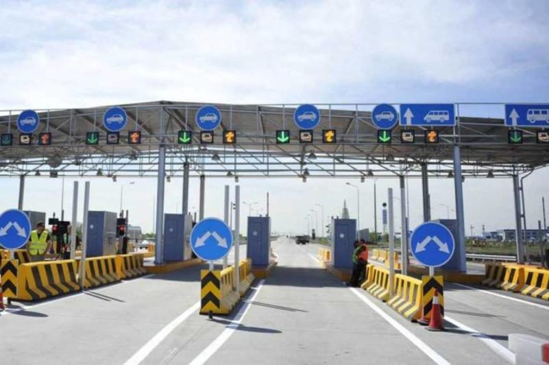 4 млрд тенге ежегодно приносят в бюджет платные дороги - Бейбут Атамкулов
