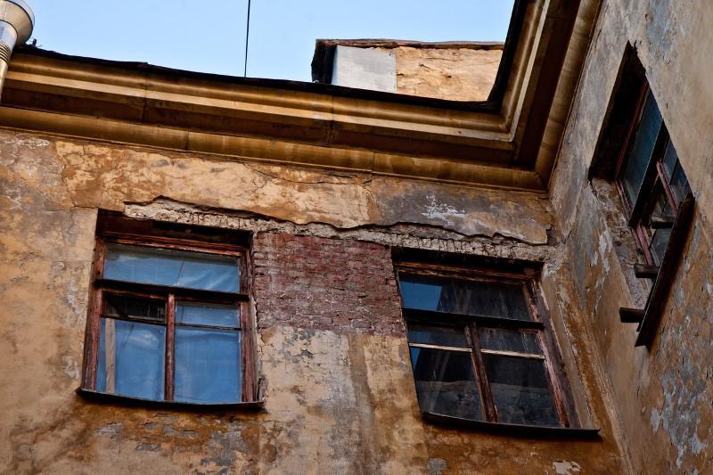 В Петропавловске посчитали количество ветхих и аварийных домов