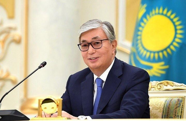 民调显示托卡耶夫总统民间支持率超过7成