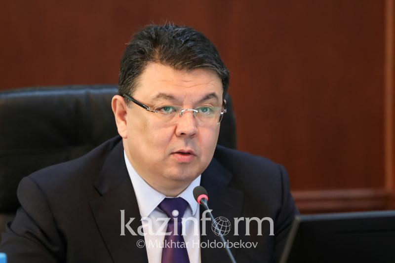 Бензин бағасының көтерілуіне негіз жоқ – Энергетика министрі