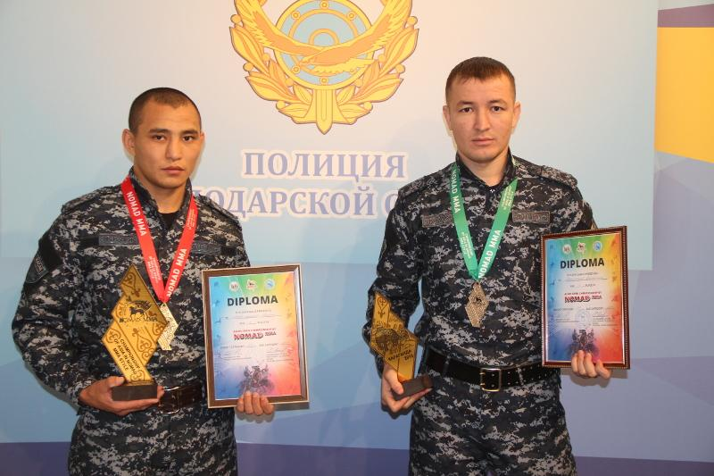 «Золото» и «серебро» чемпионата Азии NOMAD MMA выиграли павлодарские полицейские