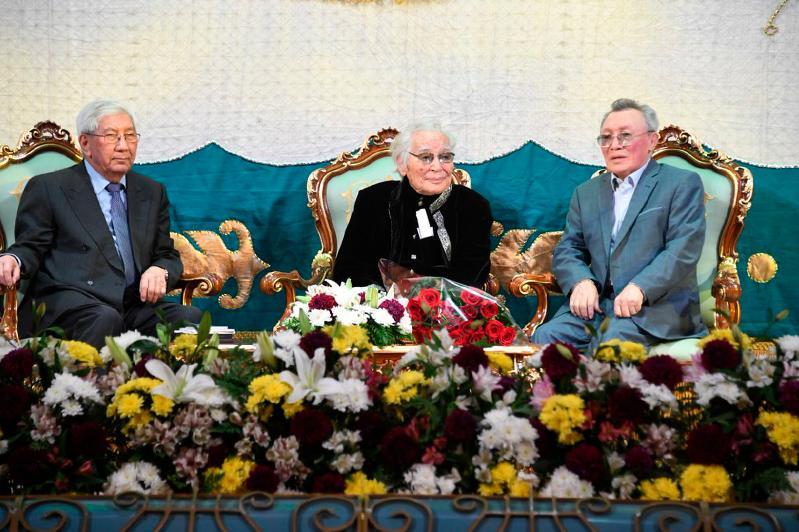 Алматыда Әбдіжәміл Нұрпейісовтің 95 жылдық мерейтойы тойлануда