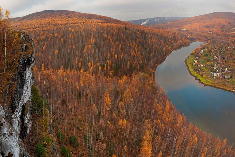 哈俄两国上院议长讨论乌拉尔河地位问题
