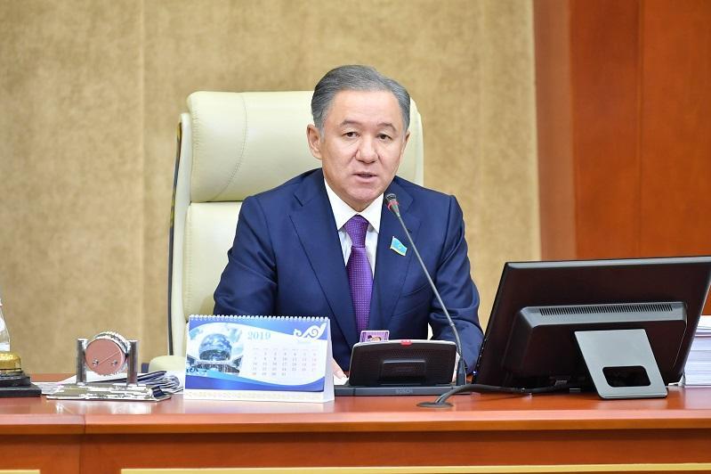 Нурлан Нигматулин: Мажилисом внесены существенные коррективы в расходную часть бюджета