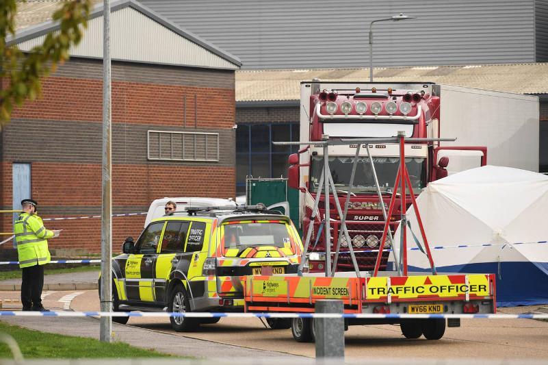 Смерть в грузовике: 39 тел найдено в британском Эссексе