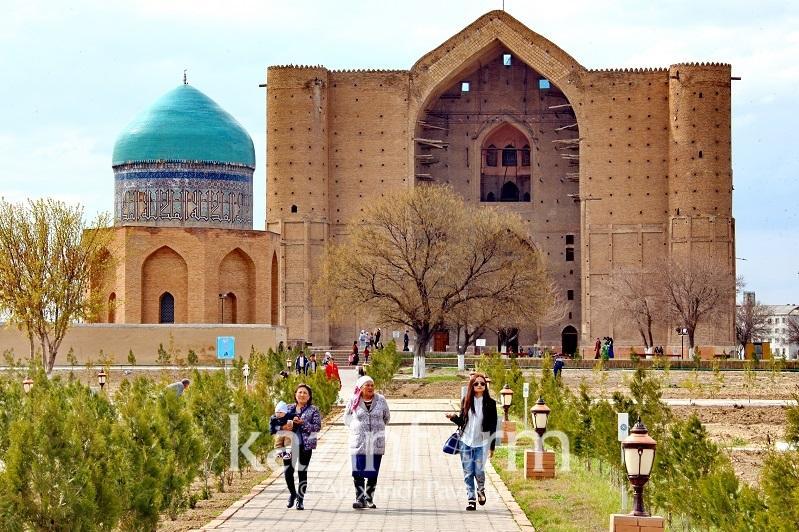 Умирзак Шукеев: В Туркестане нужно развивать паломнический и археологический туризм