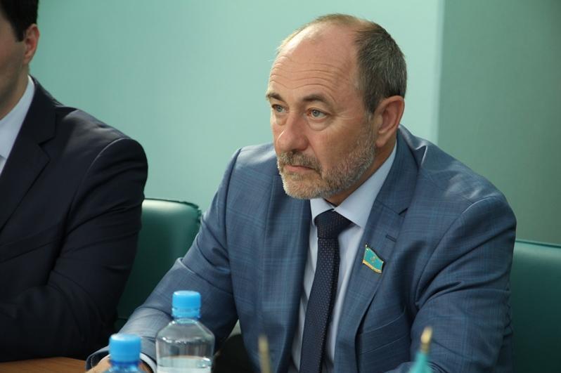 Реальную президентскую власть показывает Конституция - депутат Павел Казанцев