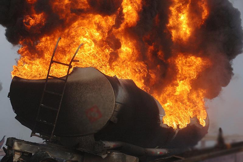 Man dies as tanker truck explodes