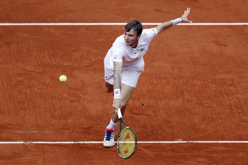 Теннис: Александр Бублик Вена турнирінде ұтылып қалды