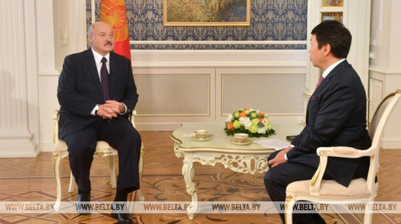 Belarus President gives interview to Khabar news agency, talks about power, responsibility