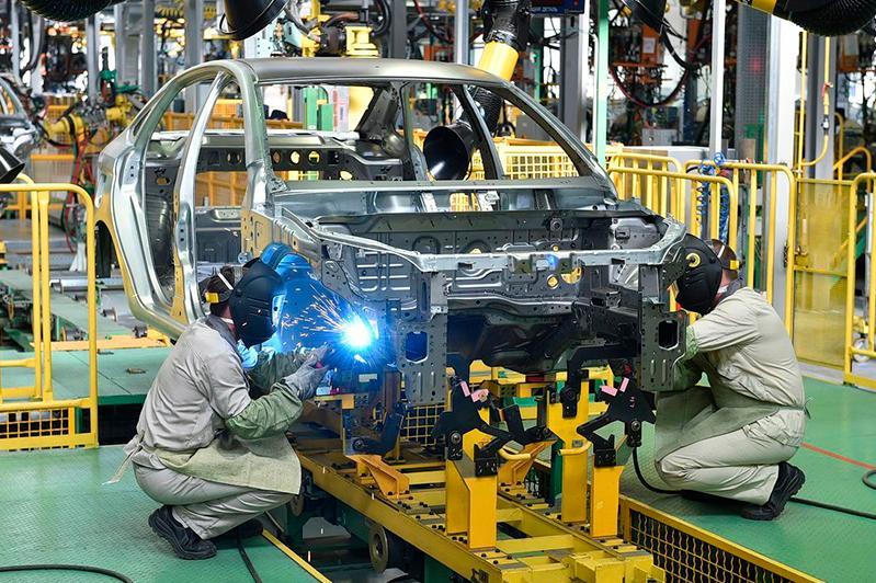 """""""汽车制造和金属加工""""领域职业标准制定会议在努尔苏丹召开"""
