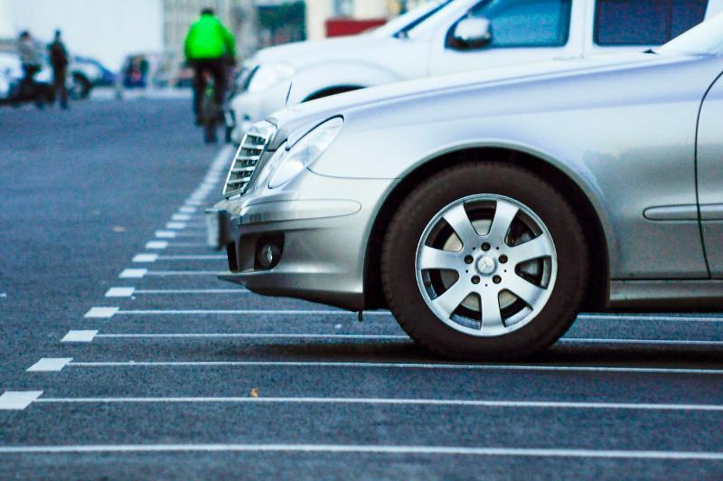 На 622 миллиона тенге оштрафовали алматинцев за неправильную парковку