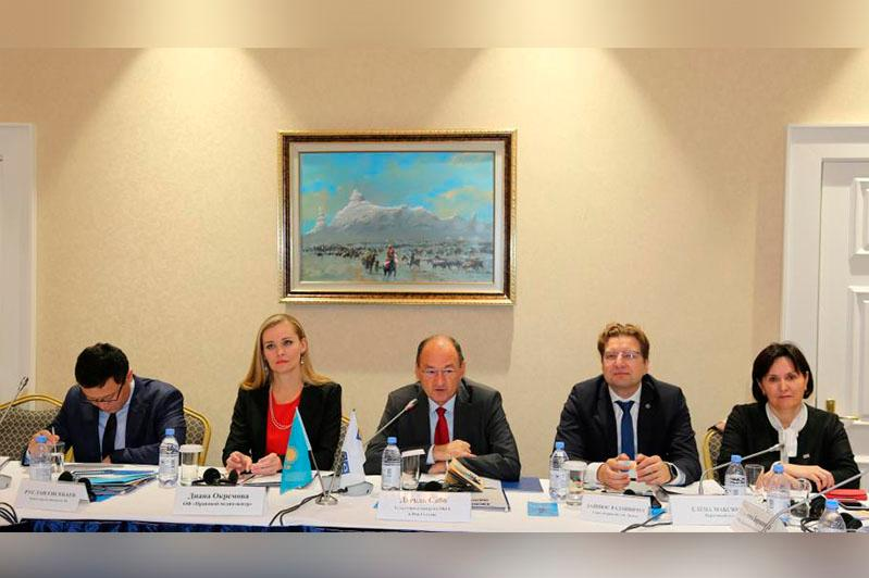 OSCE supports roundtable discussion on access to information in Kazakhstan