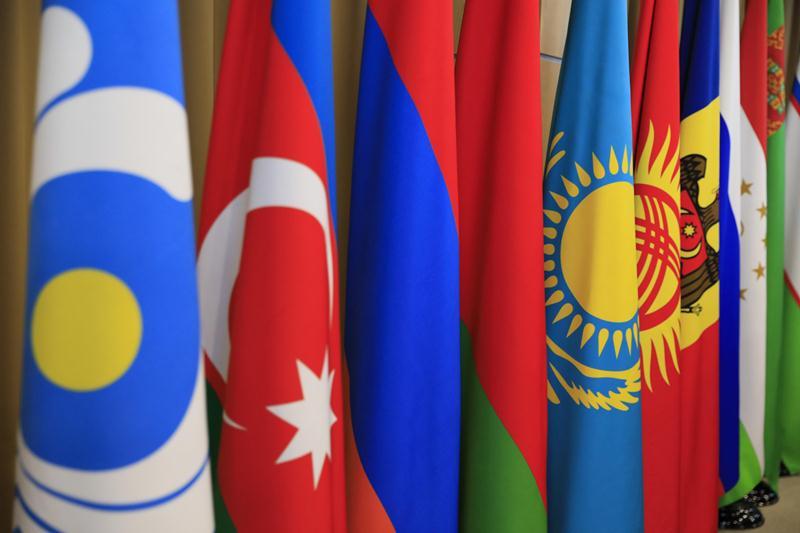 马明出席独联体国家政府首脑理事会会议