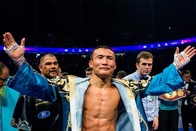 职业拳击:哈纳特·斯拉木成功卫冕WBO国际金腰带