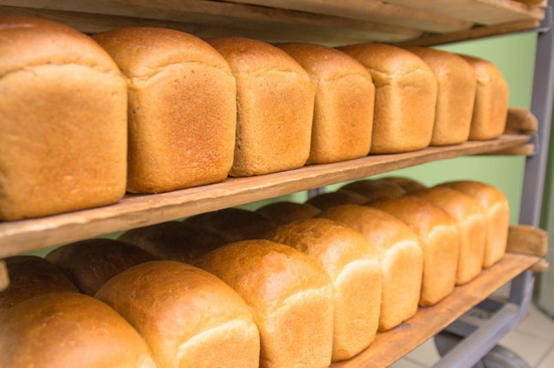 Аким Акмолинской области пообещал сохранить цену на формовой хлеб