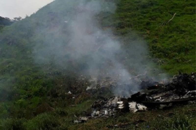 哥伦比亚空军一架直升机坠毁 致机上6人死亡
